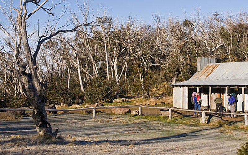 bluff hut buller huts trail